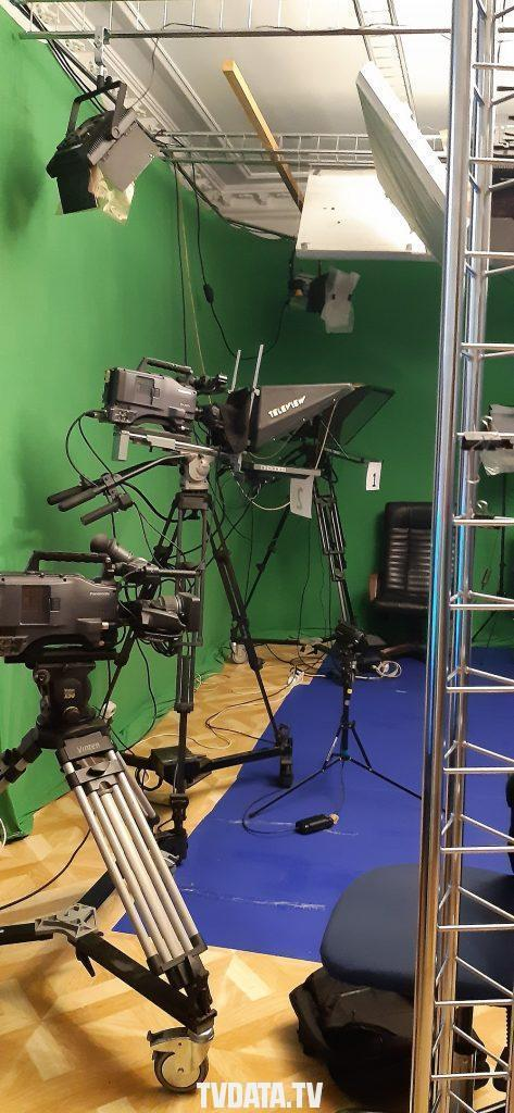 MOSCOW BROADCAST STUDIO WITH Broadcast-high-end-cameras